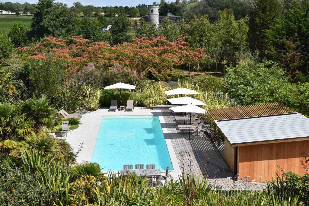 hotel piscine luxe gironde